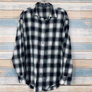 Vince Black & White Plaid Button Front Long Sleeve